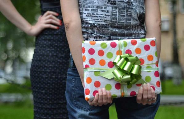 A Detailed Guide Taking You Through Your 'Personalized Gift' Journey